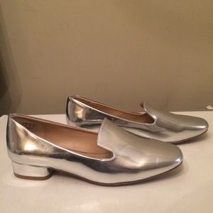 Metaphor silver womens flat loafers size 8